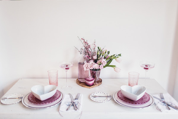 valentines-day-meal-table-styling-2